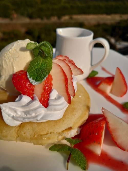 イチゴのパンケーキ